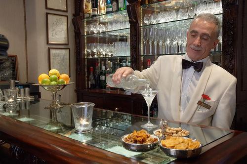 Egerton-House-Hotel-Bar