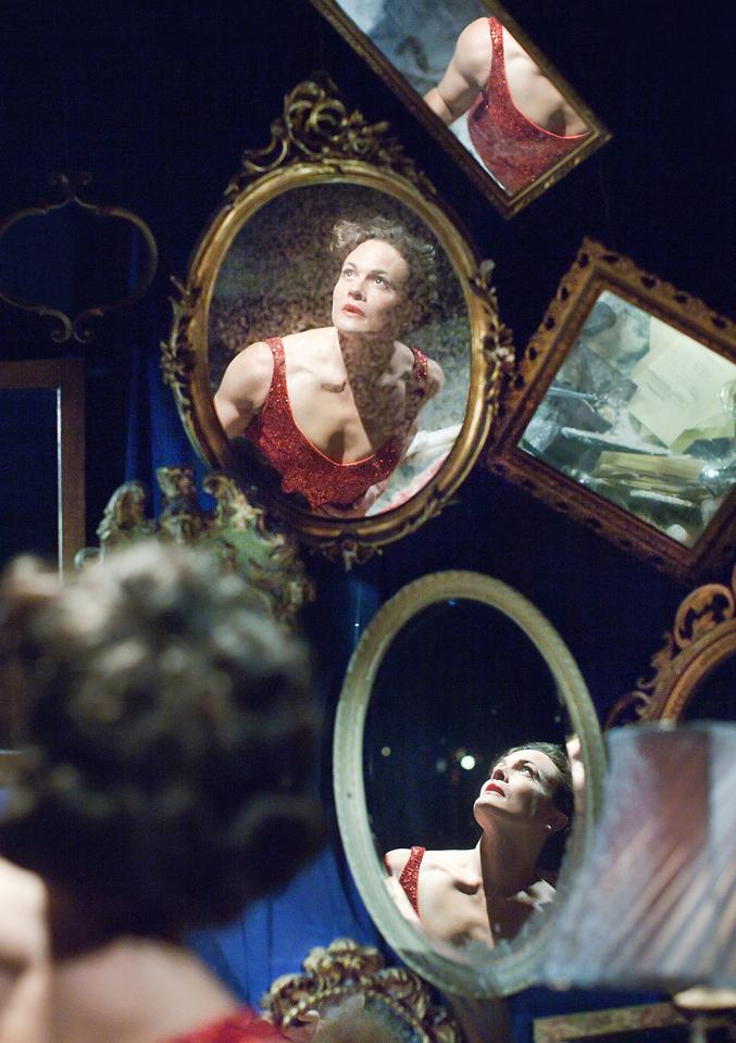 Jane Leaney (Dolores Grey). Photo Pari Naderi